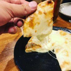 ニンニクが効いたチーズクルチャ!