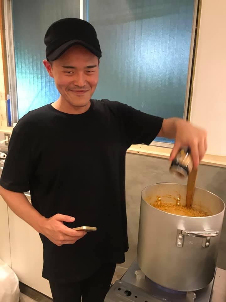 sasaくんが黒ビール投入!
